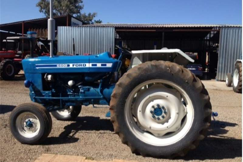 Tractors Two Wheel Drive Tractors S2846 Blue Ford 6600 2x4 Pre-Owned Tractor