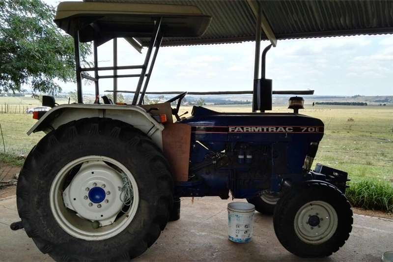 Two wheel drive tractors S2884 Farmtrac70E 2x4 Pre Owned Tractor Tractors