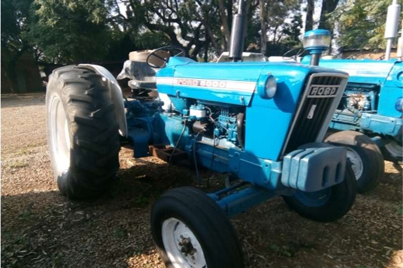 Tractors Two Wheel Drive Tractors S2887 Blue Ford 5000 51kW/69Hp 2x4 Pre-Owned Tract