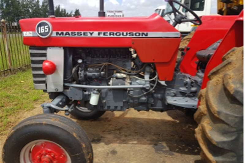 Two wheel drive tractors S2964 RED MASSEY FERGUSON (MF) 165 2X4 PRE OWNED T Tractors