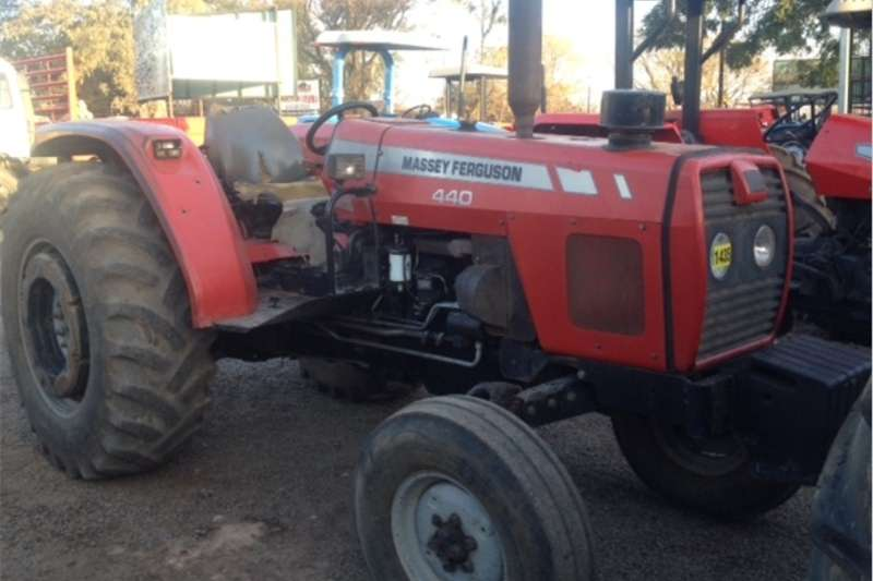 Two wheel drive tractors S3183 Red Massey Ferguson (MF) 440 61kW 2x4 Pre Ow Tractors
