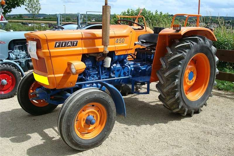 Tractors Utility Tractors Want to buy or sell your second hand Tracktor. Giv