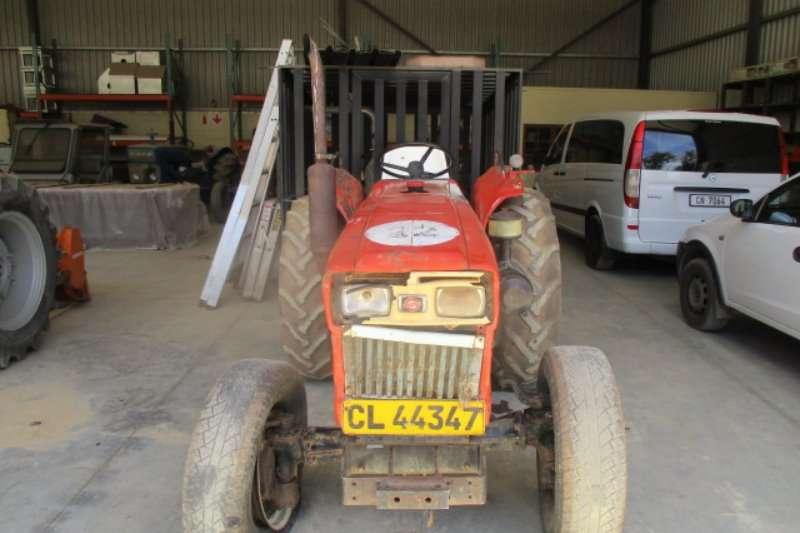 Tractors Yanmar 330 D 0