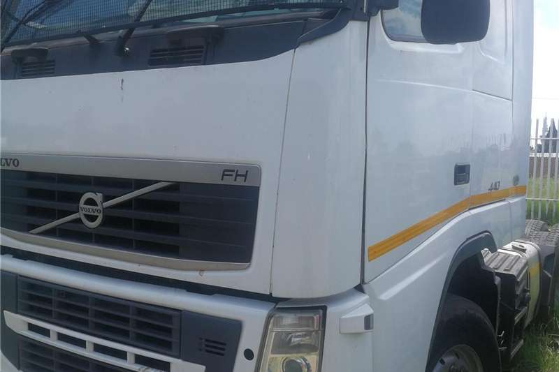 Double axle BARGAIN VOLVOVERSION 3 440 AT A GIVE AWAY PRICE UR Trucks