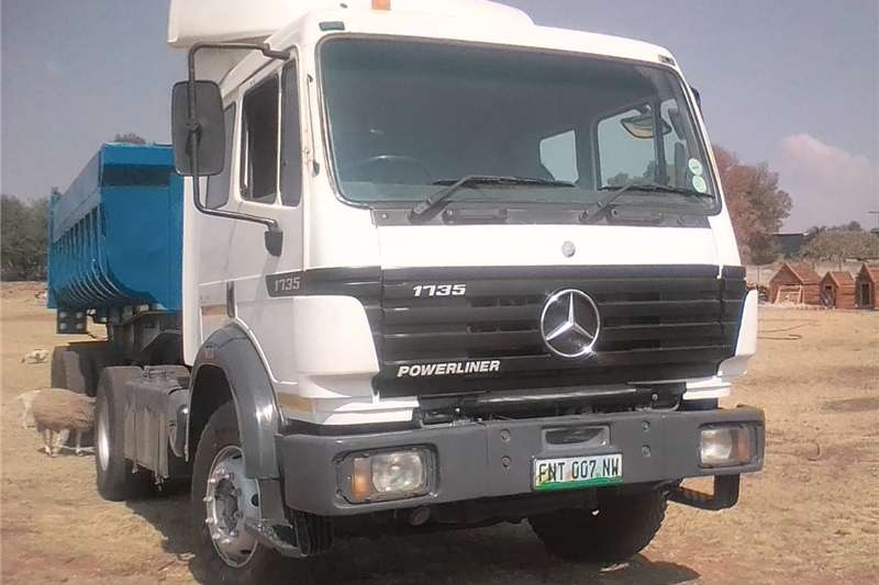 Trucks Double Axle Mercedes Powerliner for sale 1997