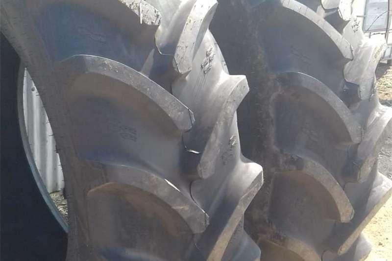 Nuwe trekkerbande Tyres