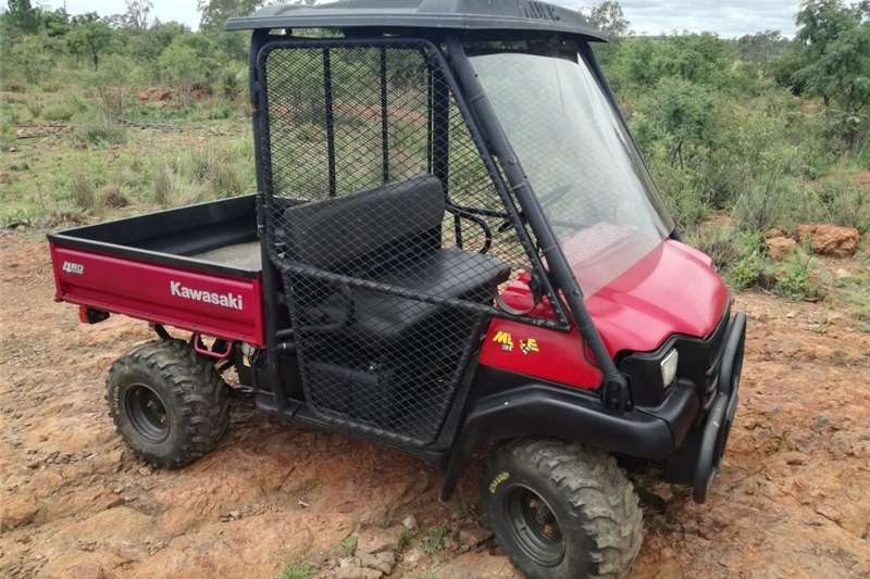Utility Vehicle Four Wheel Drive Kawasaki Mule 3010