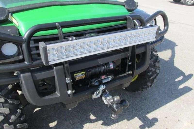 Four wheel drive UTV GATOR XUV 825I S4 Utility vehicle