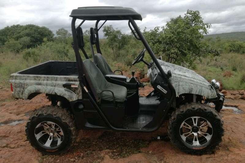 Four wheel drive Yamaha Rhino 660cc 4x4 UTV Utility vehicle