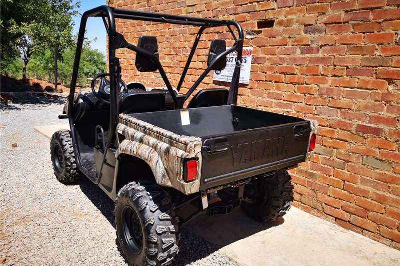 Four wheel drive Yamaha Rhino 660cc 4x4 UTV Utility vehicle