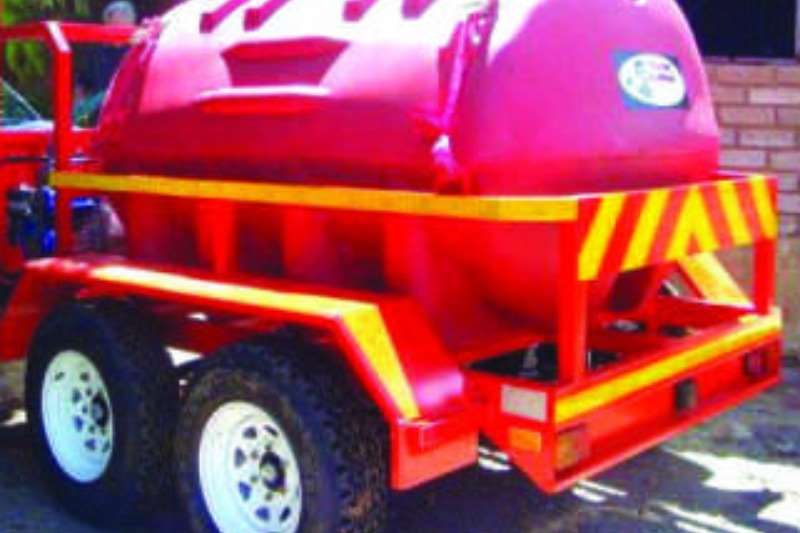 Vencedor Agricultural Trailers Fire Fighters 1000 litre