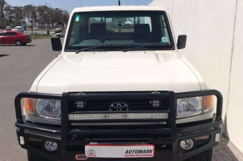 2012 Toyota Land Cruiser 79