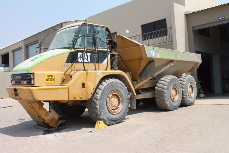 ADTs Caterpillar 725 Articulated Dump Truck 2007