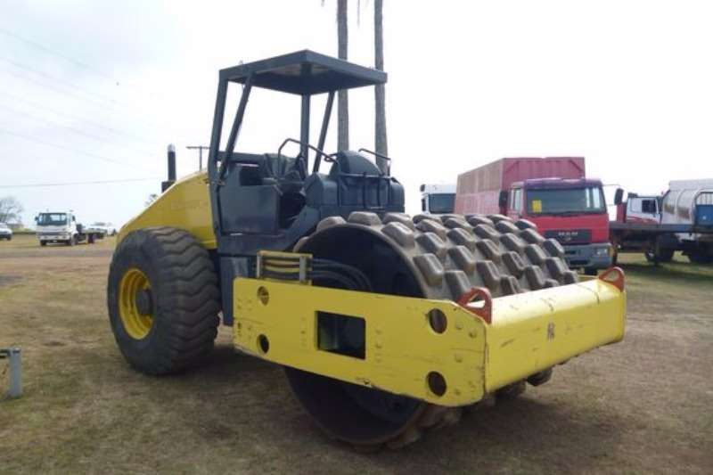 Rollers Bomag BW212PD40 Padfoot Roller
