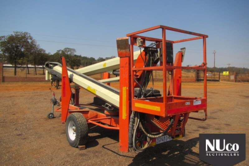 Boom Lifts Nifty NIFTY TM50HG 16M TRAILER MOUNTED CHERRY PICKER 0