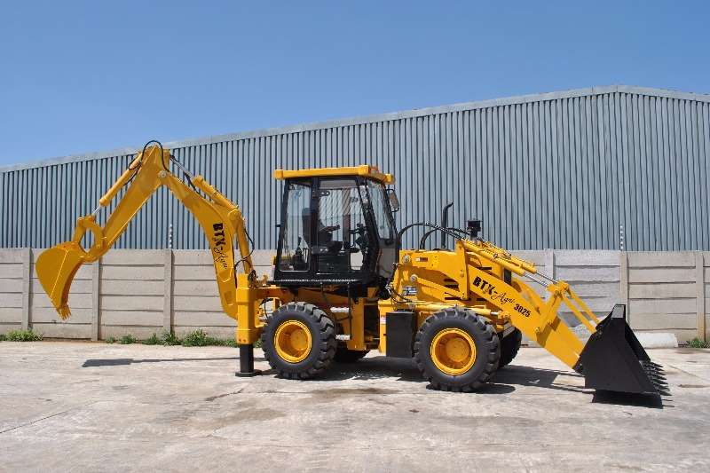 BTX-AGRI (30 25) Backhoe loader