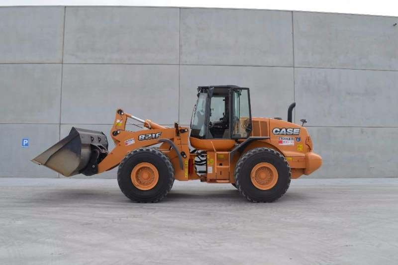 Case New, Front End Loader 821 F Loaders
