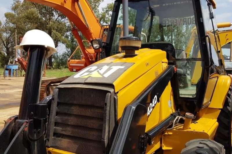 CAT Construction CATERPILLAR 424D 4X4 TLB TLBs