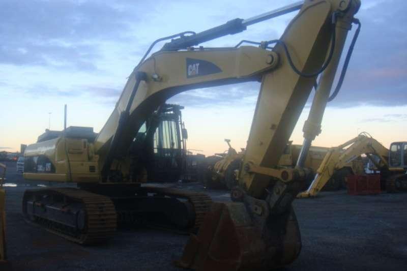Caterpillar 330 C Excavators