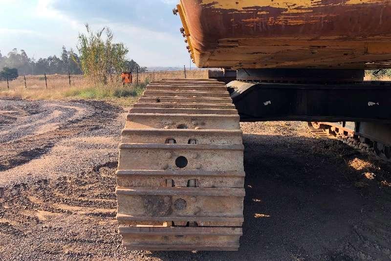 Caterpillar 390D LME Excavators