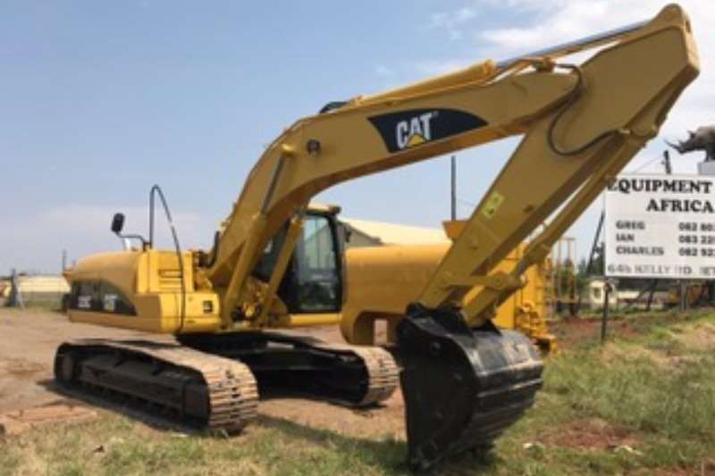 Excavators Caterpillar 320C Excavator | Junk Mail