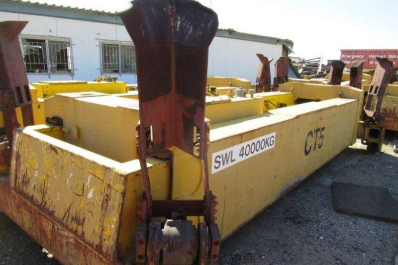 Container Stackers Fantuzzi 40 Ton Container Spreader 0