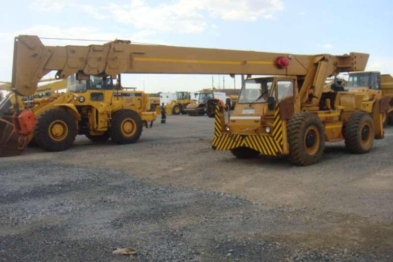 P&H R200 Cranes