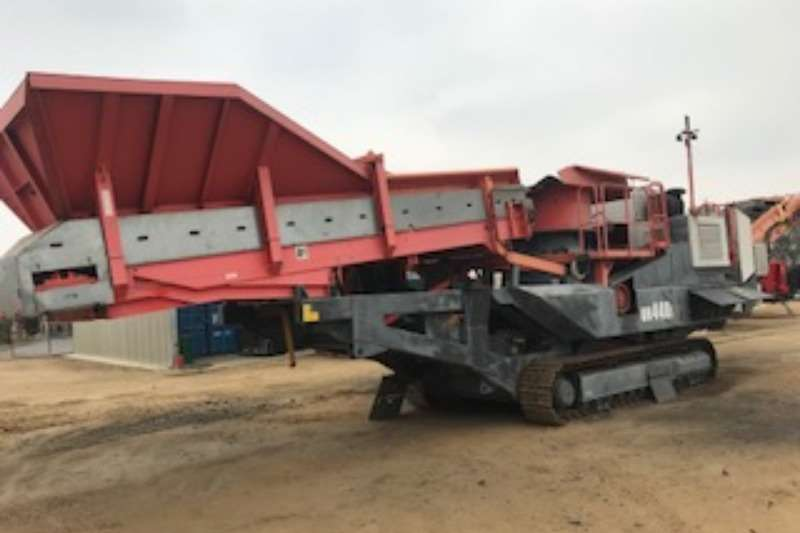 Crushers Other Sandvik UH4401 Crusher