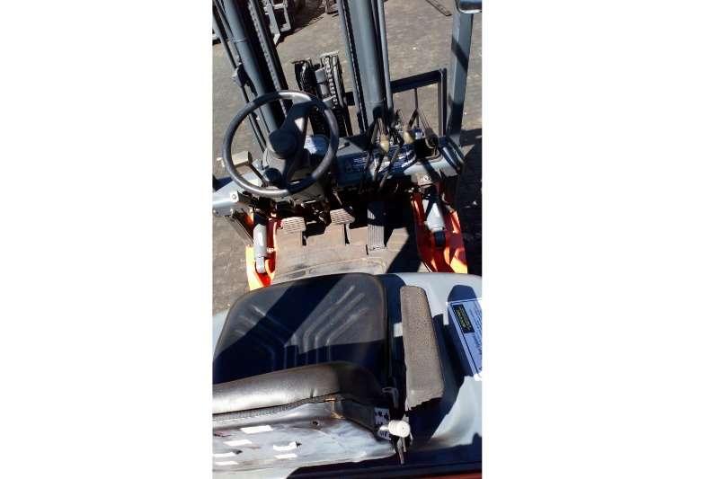 Delta Lift Petrol forklift Delta Lift 1.8 Ton Forklifts