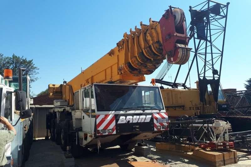 Demag Mobile crane Cranes