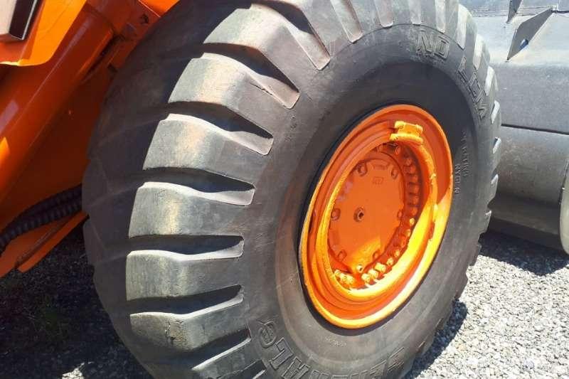 Doosan Mega 400 Wheel loader