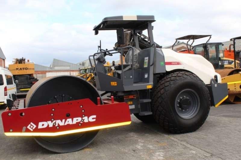 Rollers Dynapac CA255 Roller