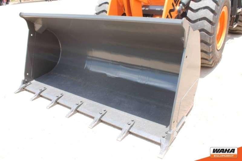 ENSIGN 3 Ton / 1.8m³ Bucket Skidsteers