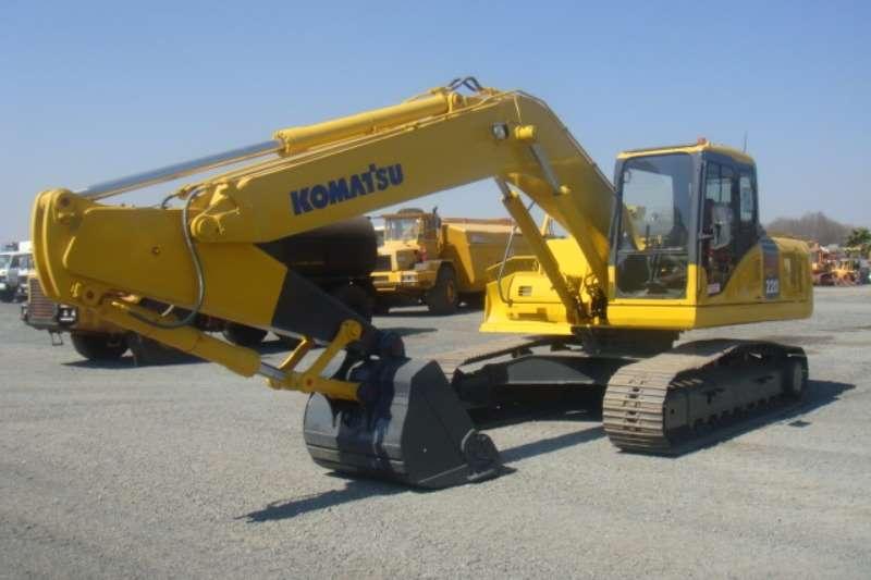 Excavators Komatsu PC220-7 2005