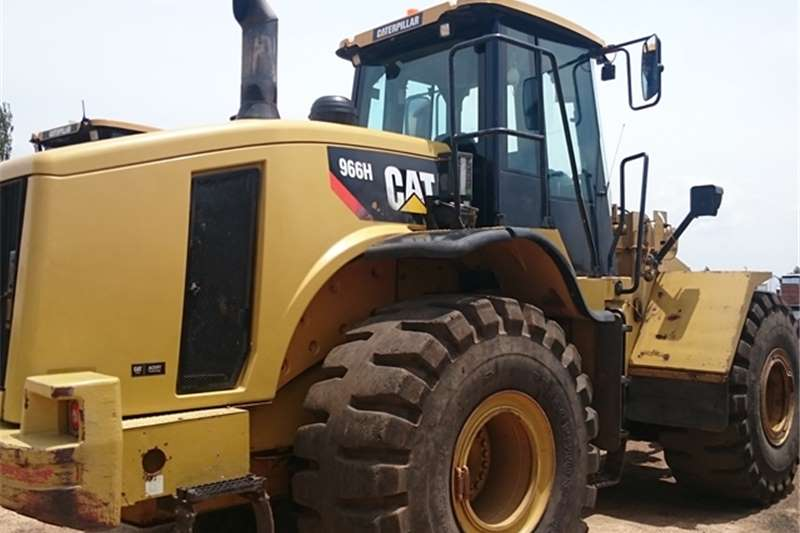 Caterpillar 966H FELs