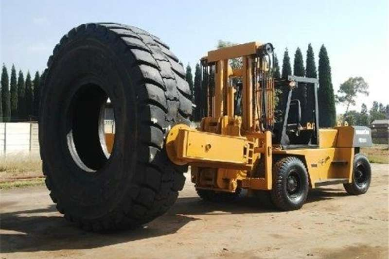 Forklifts ND 2002