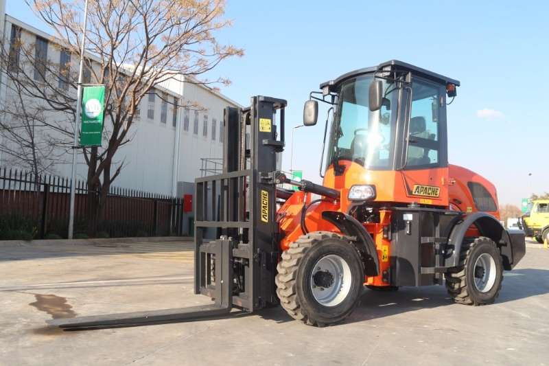 Forklifts Other Diesel Forklift Apache 4x4 Articulated 3Ton Rought Terrain 0