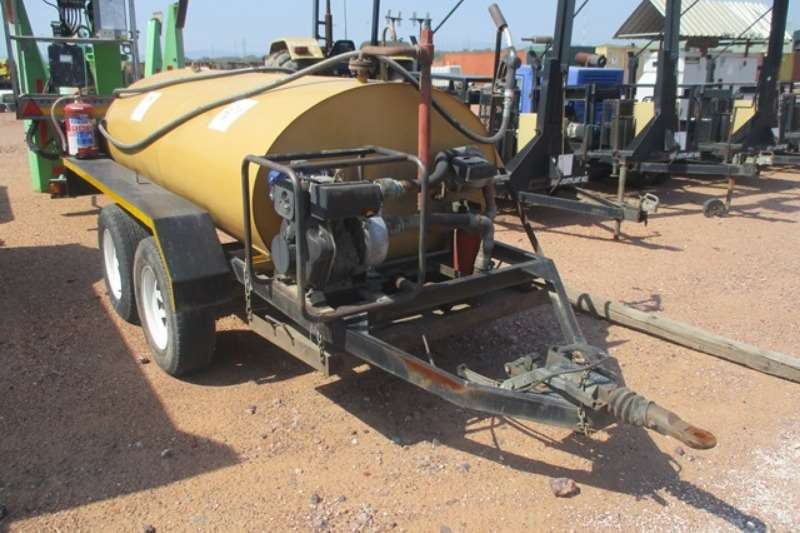 AM Steelwork 2000 Litre, Double Axle Mobile Fuel B Fuel tankers