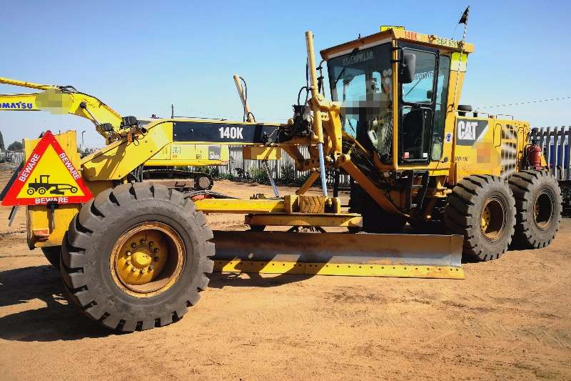 Graders Caterpillar 140K 2013