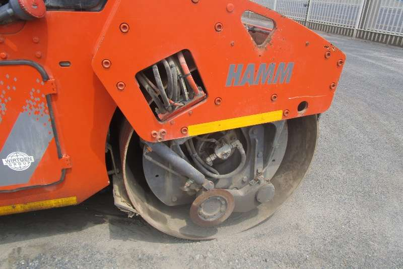 Hamm HD75 Roller