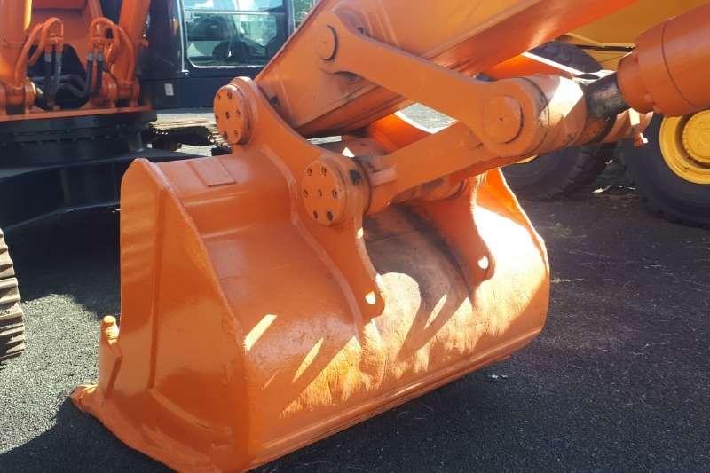 Hitachi ZX330 Excavators