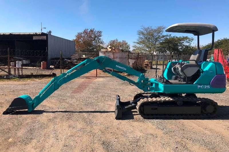 Komatsu PC25 1 Excavators