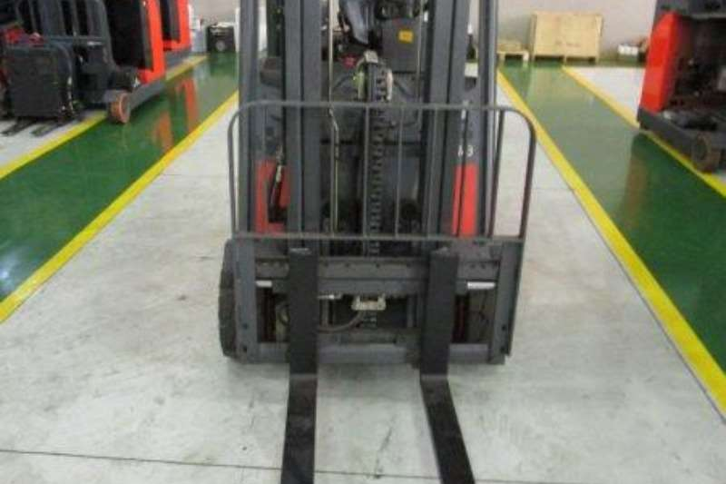 Linde Electric forklift E18PH 1.8 Ton Forklifts