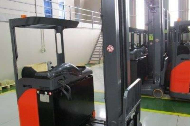 Linde Forklifts Material Handling R16S Reach Truck1.4 Ton 2012