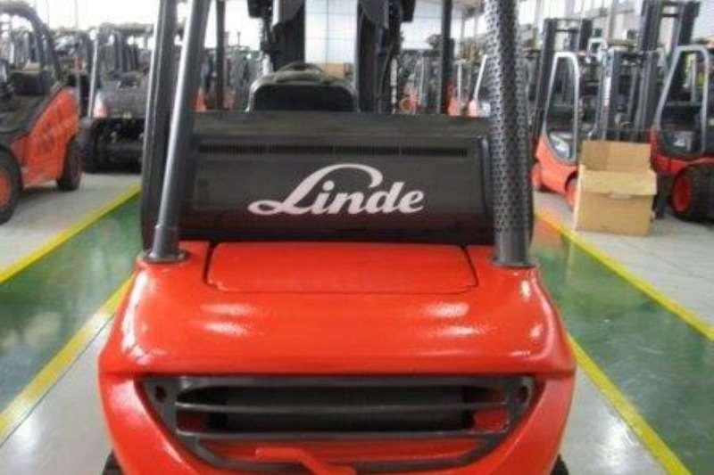 Linde Petrol forklift LP GasH25T2.5 Ton Forklifts