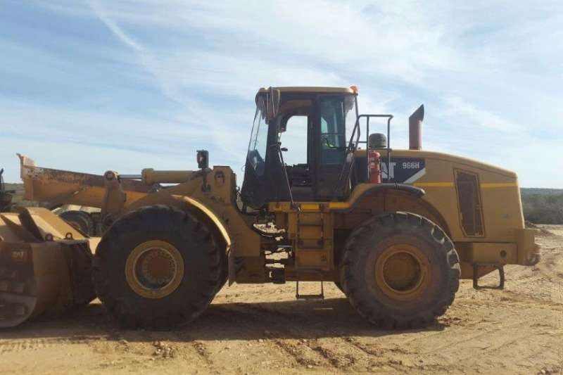 Loaders Caterpillar Loader 966H In good working condition 2008
