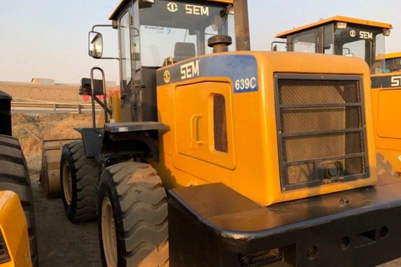 Loaders SEM 639B and C Wheel Loader 2012