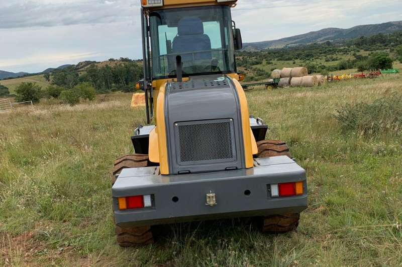 Loaders WULF BUFFLE SL18 FRONT END 2019
