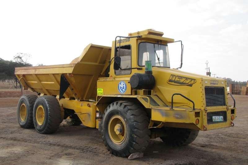 Mitsubishi Dump Truck Dezzi Articulated 2004