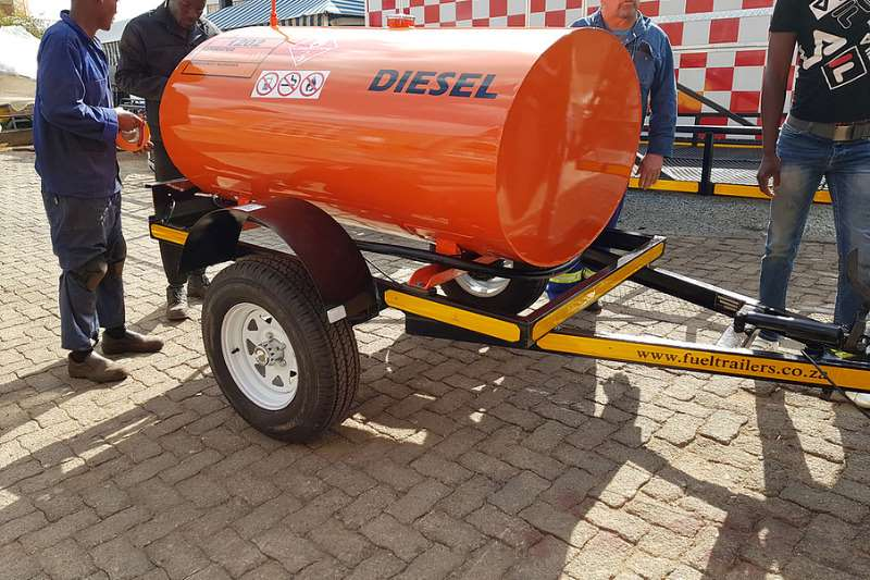 Other 1500 Liters Diesel Bowers Fuel tankers